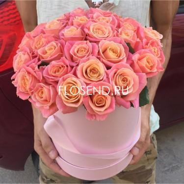29 роз в шляпной коробке